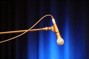 microphone-1209604_1280