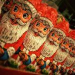 サンタクロースの起源って?赤い服になった由来は?